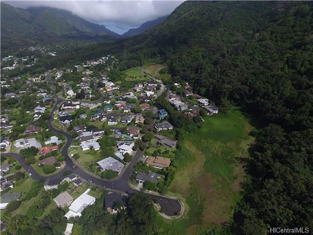 Photo of 3159 Puu Paka Dr, Honolulu, HI 96817